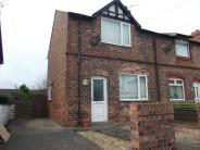 2 bed Terraced house in Victoria Road, Saltney
