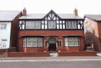 6 bedroom Detached property for sale in Thompson Street...