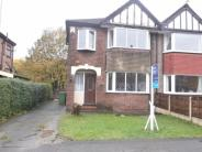semi detached home in Lynn Avenue, Sale, M33