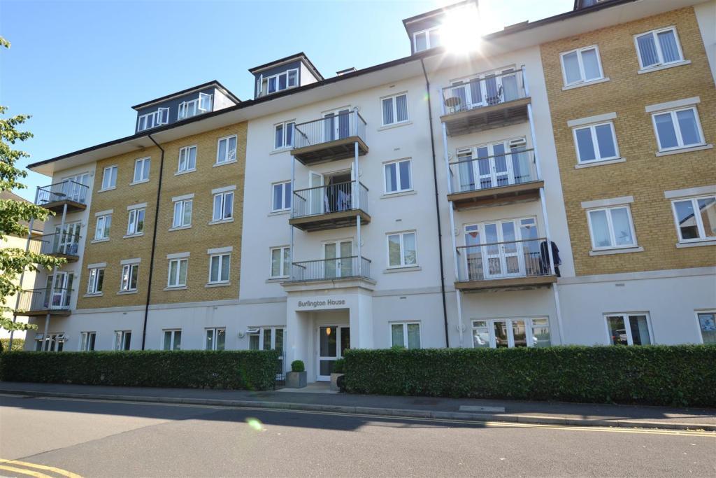 1 Bedroom Apartment For Sale In Burlington House 2 Park Lodge Avenue West Drayton Ub7 9fe Ub7