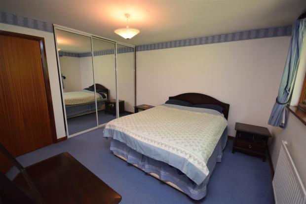 Master Bedroom 2 .JP