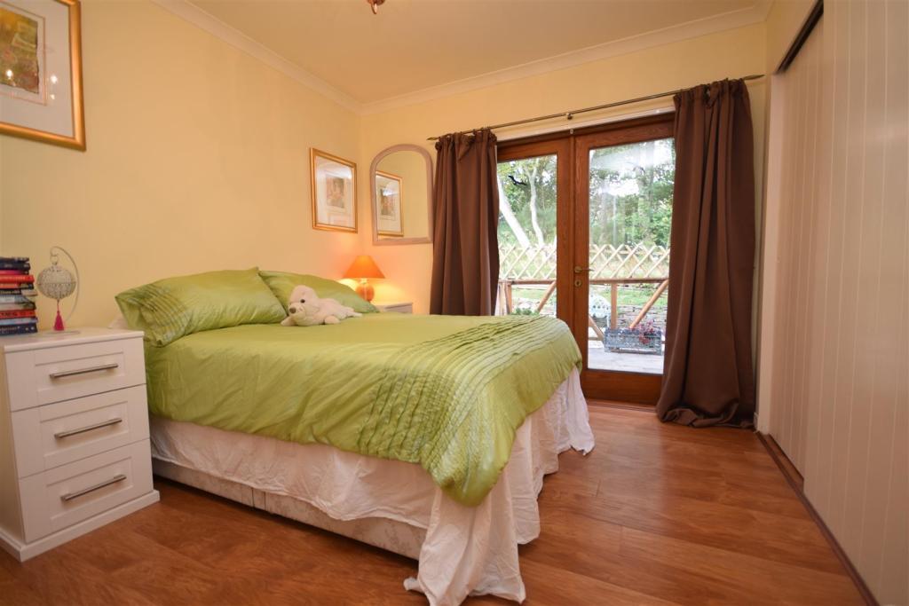Bedroom 4 .JPG