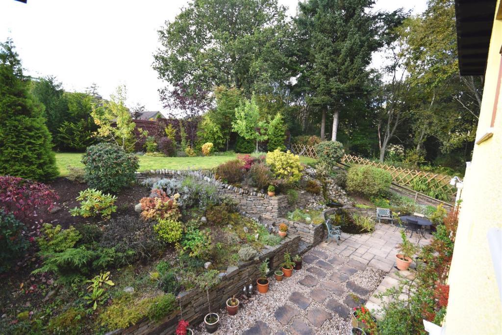Garden 2 .JPG
