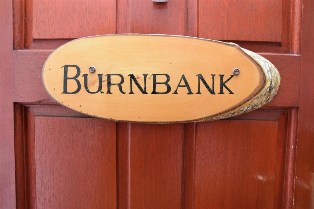 Burnbank Sign .JPG