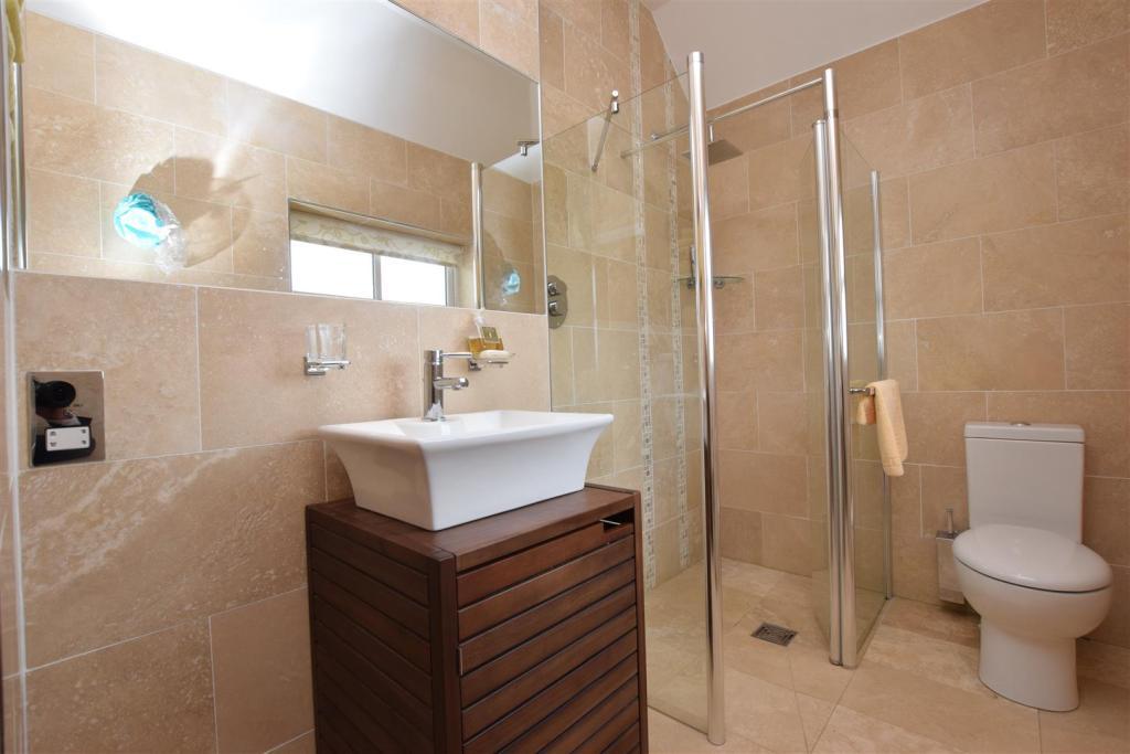 Shower Room 1.JPG