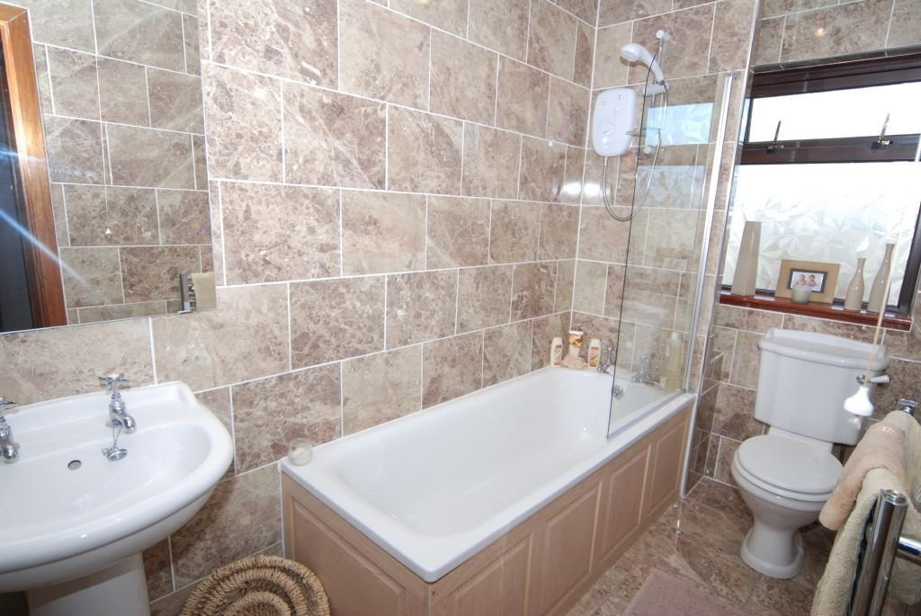 Family bathhroom