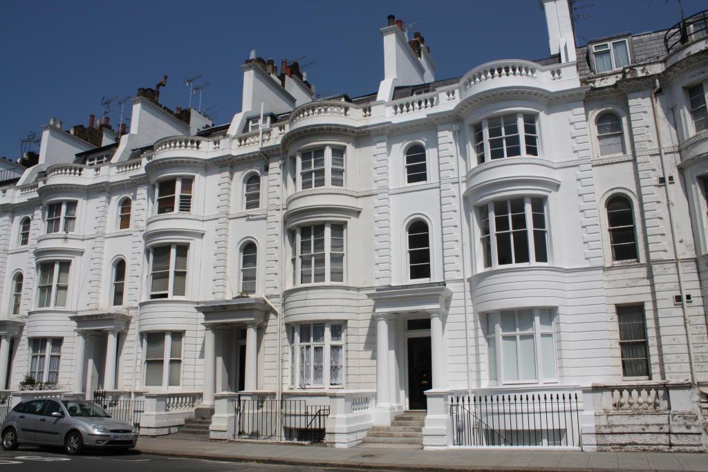 Studio flat to rent in gloucester terrace london w2 w2 for 18 leinster terrace london w2 3et