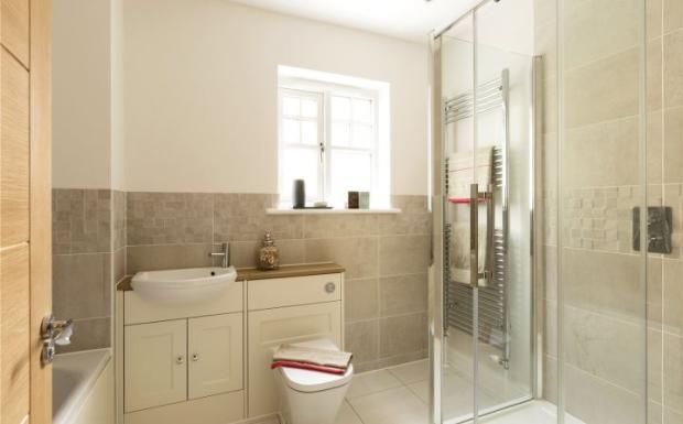 Plot 5 Bathroom