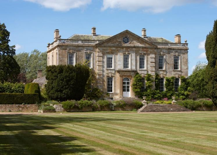 Property 19318881 besides DGh5bWUgYXQgc291dGhyb3AgbWFub3I also Wis And Groups In H shire additionally Mercure York Fairfield Manor Hotel likewise Prince Williams 30th Birthday From Mother Diana Kate Middleton Selection Poignant Pictures. on shipton manor
