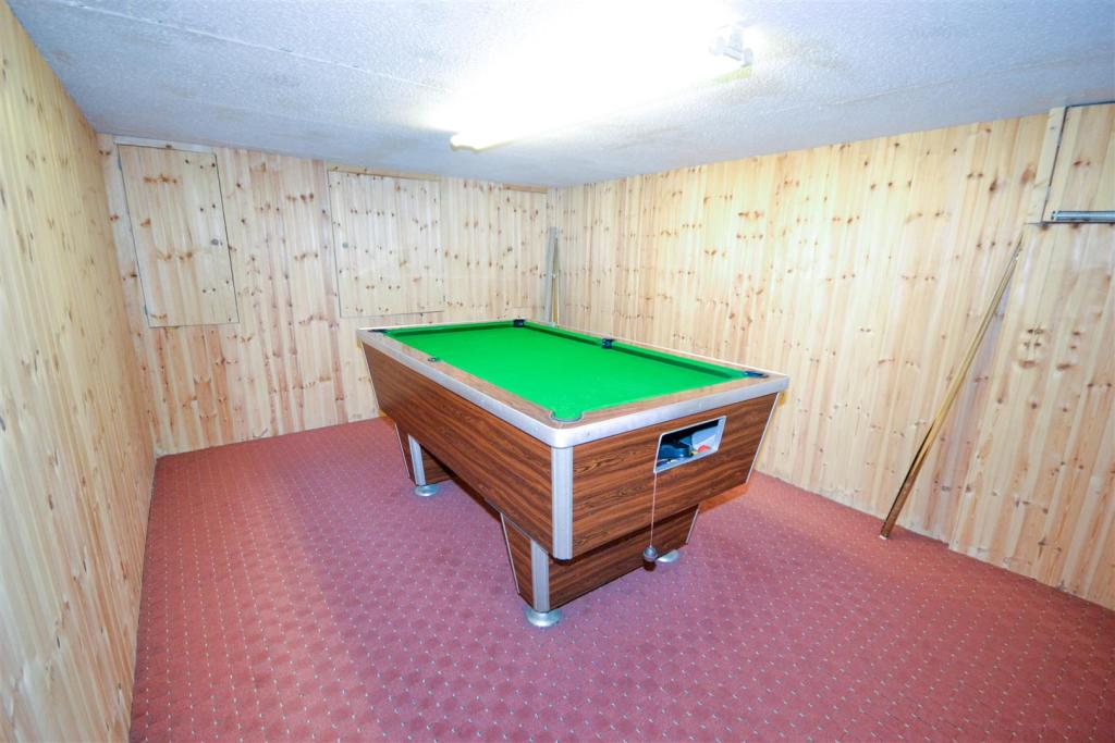 Basement Room 2/Game