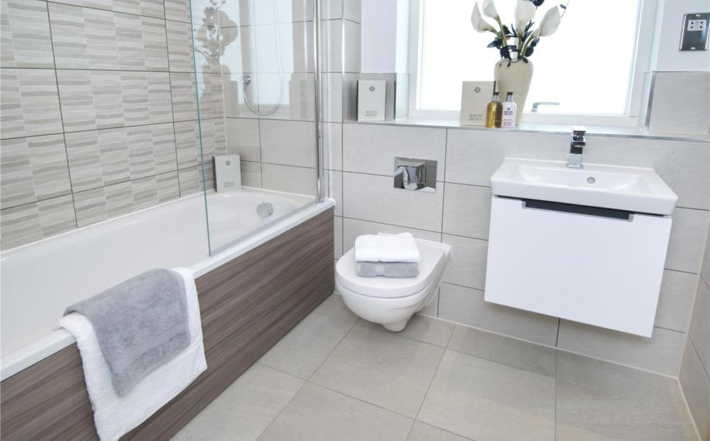 *Show Home Bathroom