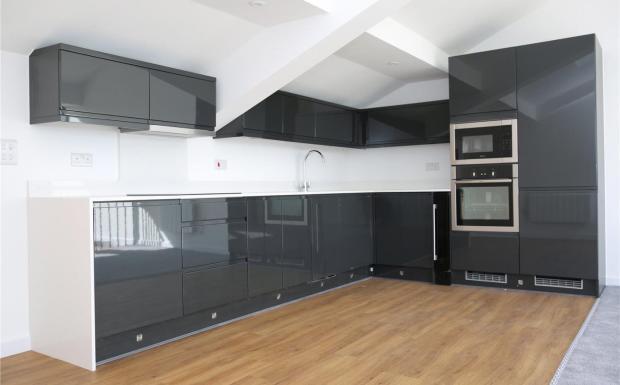 Duplex Ph Kitchen