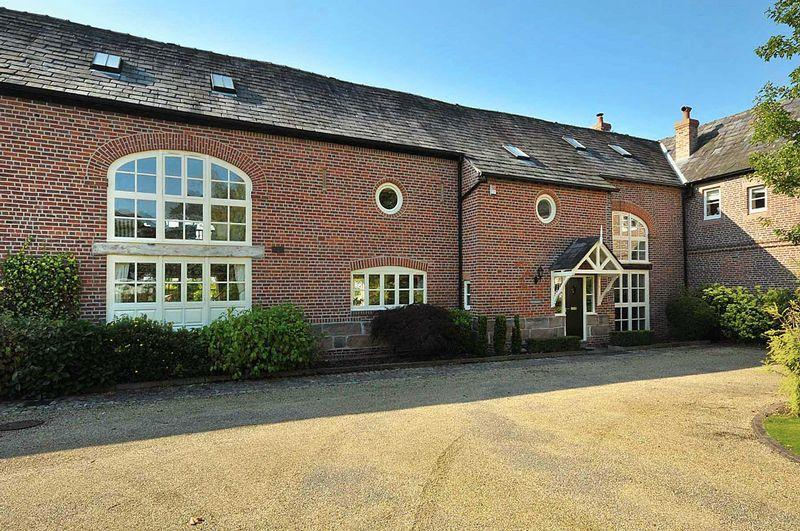 4 Bedroom Barn Conversion For Sale In The Courtyard