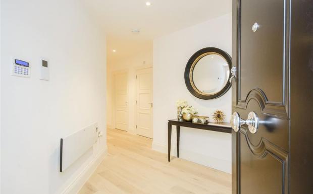 No.5 Show-Apartment