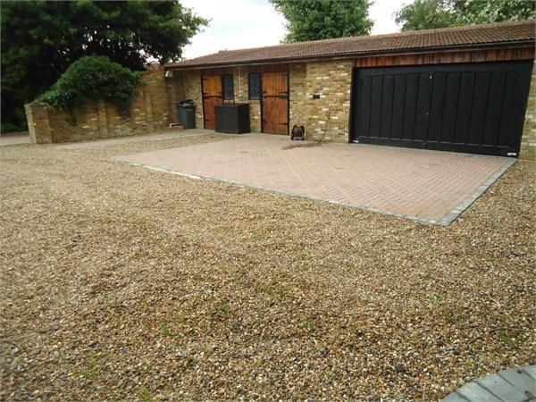 garage/stable block