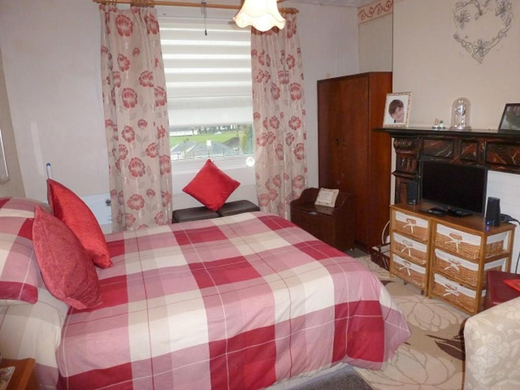 bedroom 1 GFF