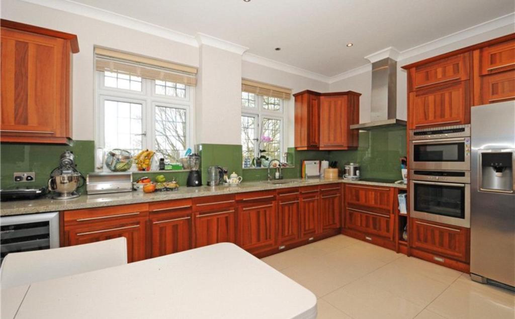 Kitchen/Rreception