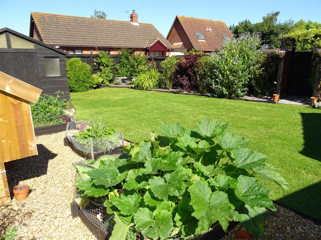 four gables garden.J