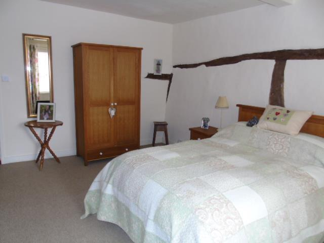 27 King William Bed