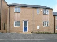 3 bed house in Highbank Close, Marston...