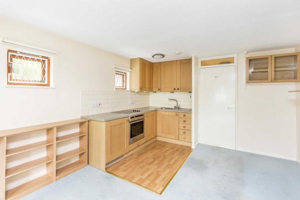 Moreton Street - kitchen area