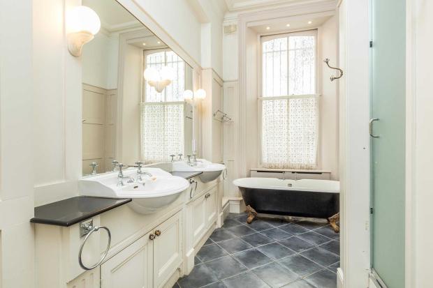 Morpeth Mansions bathroom