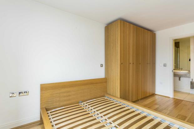 Belvoir House - master bedroom