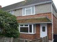 3 bed house in Kings Avenue, Hamble...