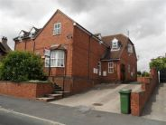 2 bed Flat to rent in Wingfield House...