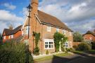 4 bed Detached property in Edenbridge, Kent