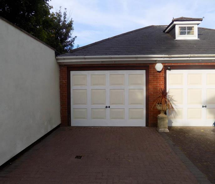 garage1.jpg