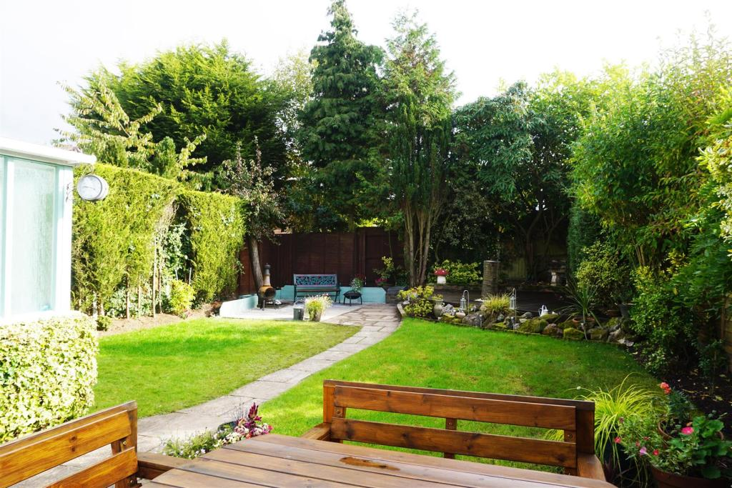 5 Waverley garden1 (