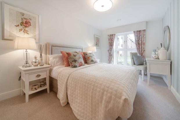 Bedroom (illus...