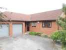 Detached Bungalow to rent in Bessacarr