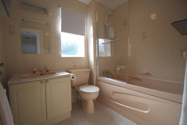 2ND BATHROOM/WC