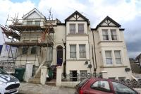 5 bed Terraced home to rent in Whippingham Road...