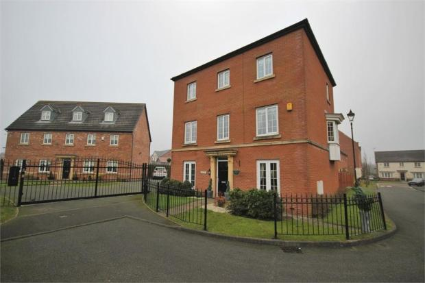 5 bedroom detached house for sale in regency park widnes for Home architecture widnes