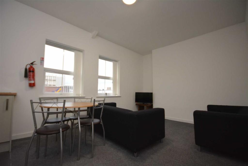 Lounge / Diner / Kit