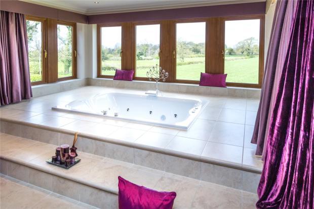 Sunken Bath (A)
