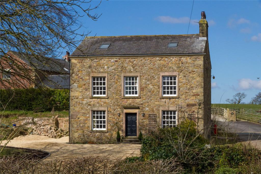 5 bedroom detached house for sale in high croft syke