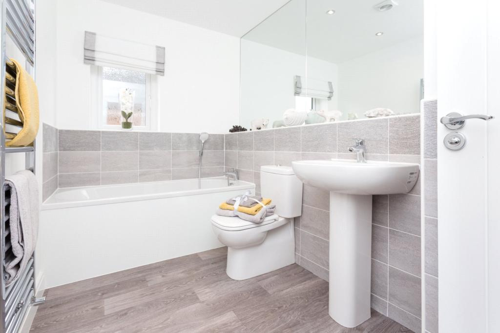 Plot 9 Bathroom