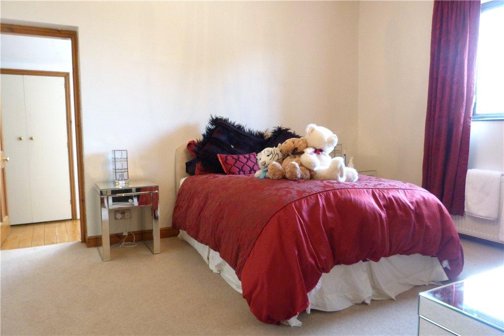 Bedroom 1 (05/15)