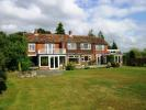 5 bed Detached property in Petersfield