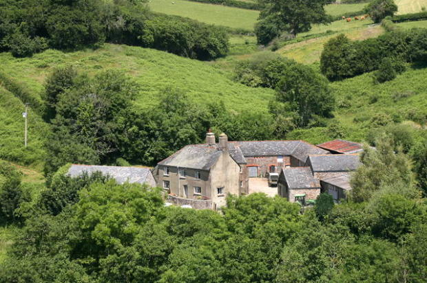 4 bedroom farm house for sale in dartmoor national park tq13