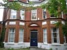 2 bed Flat to rent in Victoria Crescent...