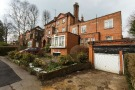 9 bed Detached house in Bishopswood Road...