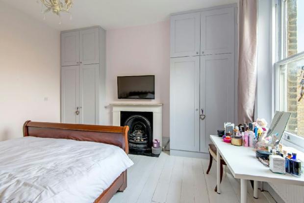 Bedroom 1 alternate