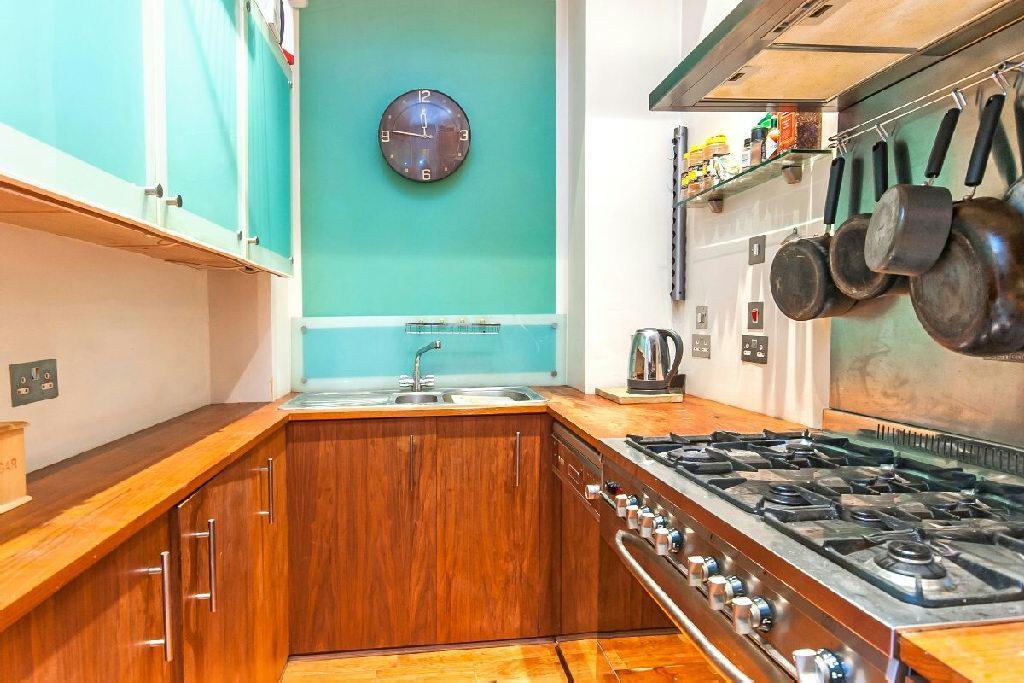 Kitchen alternate vi