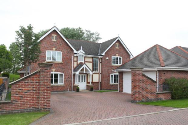 bedroom house for sale in redshank drive tytherington macclesfield
