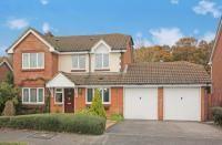 4 bedroom Detached house in Velvet Lawn Road...